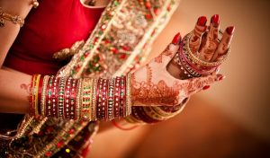 लॉकडाउन के चलते टल गई शादी तो उदास ना हों, इस टाइम को ऐसे करें पास