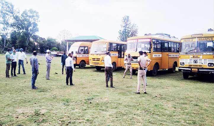 राहतः Shahpur से विशेष वाहनों में घर रवाना किए 98 कश्मीरी