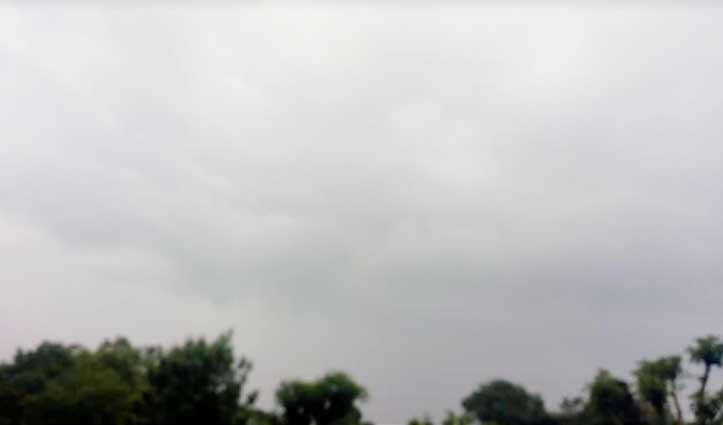 कोरोना के साथ-साथ मौसम ने भी डराया, खड़ी फसल पर ऐसे खतरा मंडराया
