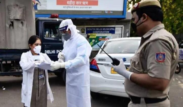 दिल्ली : LG Office में चार लोग व मेयर हाउस में सिक्योरिटी गार्ड निकला Corona Positive