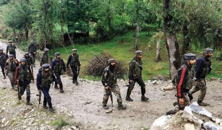 Shopian में जिला कमांडर सहित Hizbul के तीन आतंकी ढेर, हथियार-गोलाबारूद भी बरामद
