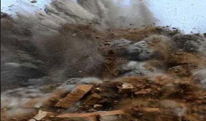 Gohar: पत्थर स्लेट की खान में ब्लास्टिंग, काम कर रहे तीन मजदूर घायल-एक गंभीर