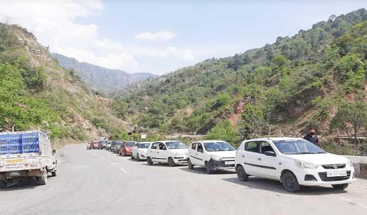 Chamba जिला में 48 घंटे में 452 वाहनों में पहुंचे 1683 लोग