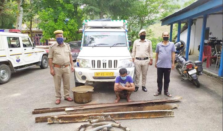 द्रंग नमक खान में चोरी करते युवक Arrest, पीतल- तांबे सहित अन्य सामान पर कर रहा था हाथ साफ
