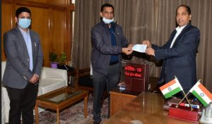 कोविड फंड में एक करोड़ रुपए का अंशदान
