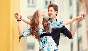 लड़कियों को काफी क्यूट लगती हैं Boyfriend की ये पांच आदतें