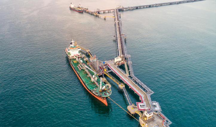 ऑनशोर भंडार क्षमता 100% भरने के बाद India ने समुद्र में किया सस्ते तेल का भंडारण