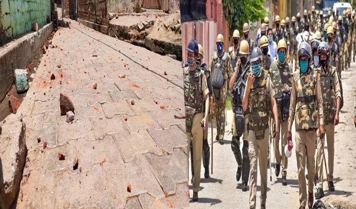 अलीगढ़ में Eid पर बवाल: नमाज पढ़ने को लेकर दो पक्षों में भिड़ंत, पुलिस के साथ भी अभद्रता