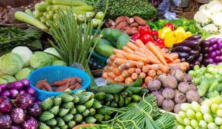 UP के इस शहर में सब्जी विक्रेताओं पर लगेगी पाबंदी, पार्षद घर-घर पहुंचाएंगे पैकेटबंद सब्जी