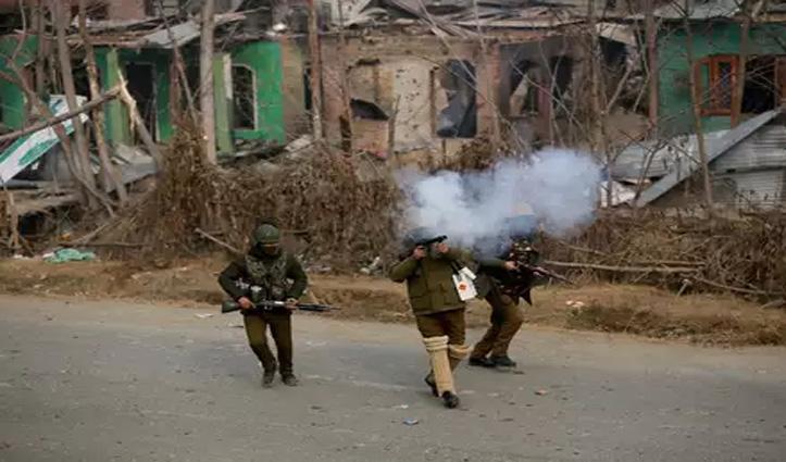 J&K: सुरक्षाबलों पर आतंकियों ने किया हमला, BSF के दो जवान शहीद