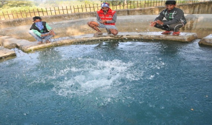 गजब – ताली बजाते ही ऊपर उठने लगता है इस रहस्यमयी कुंड का पानी