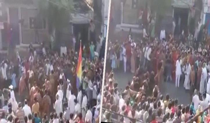 Lockdown के बावजूद जैन मुनि की अगवानी को उमड़ी भीड़; 155 लोगों पर Case दर्ज