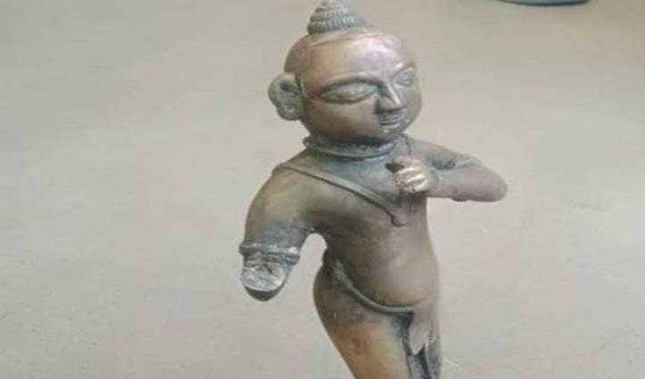 30 साल से खोज रहे थे Lord Krishna की मूर्ति, कुएं से निकली, देखने वालों की लगी लाइन