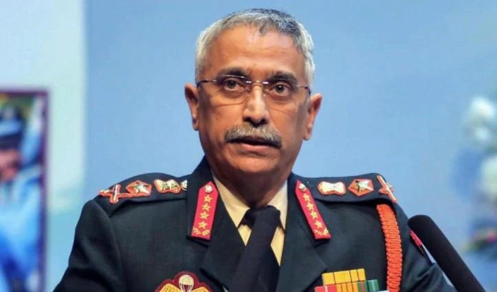 चीन से तनाव के बीच लेह पहुंचे Army Chief एमएम नरवणे, हालात का लिया जायजा
