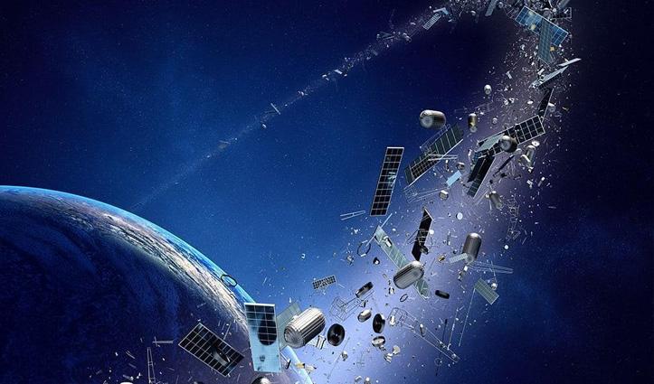 हिंद महासागर के ऊपर अंतरिक्ष में टूटा Russian Rocket, टुकड़ों से सैटेलाइट्स को खतरा!