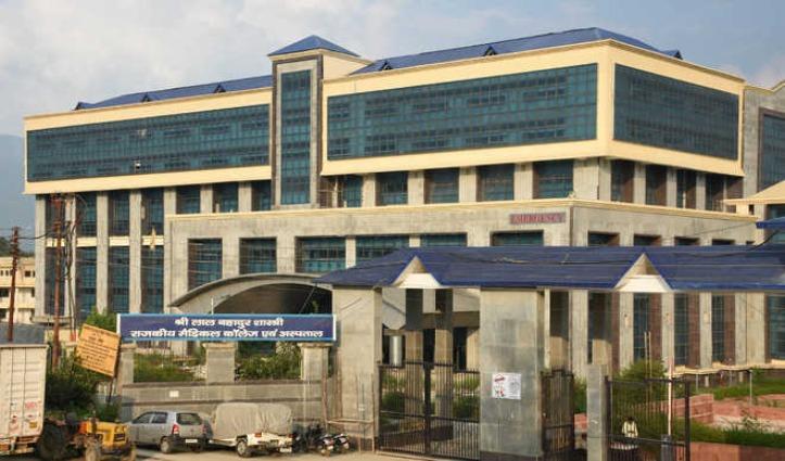 मंडी जिला को बड़ी राहत – Gujarat से लौटे 82 लोगों की Corona Report आई नेगेटिव