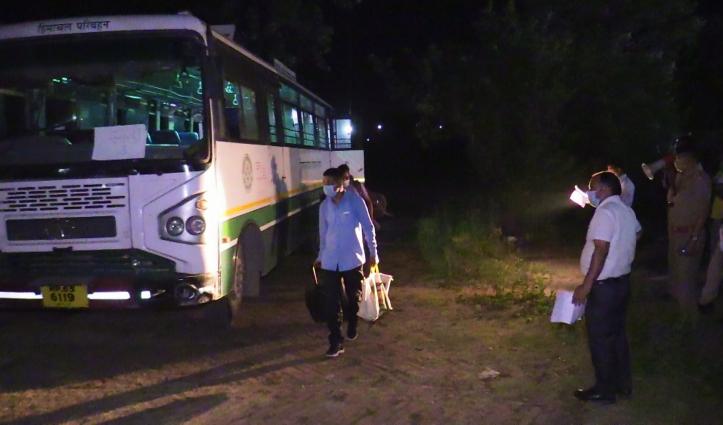 Gujarat से हिमाचल पहुंचे मंडी के 82 लोग, Institutional Quarantine किए