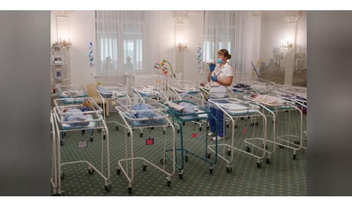 सरोगेसी से जन्मे 51 बच्चे भेजे जाने हैं 12 देश, Lockdown के चलते इस देश में फंसे