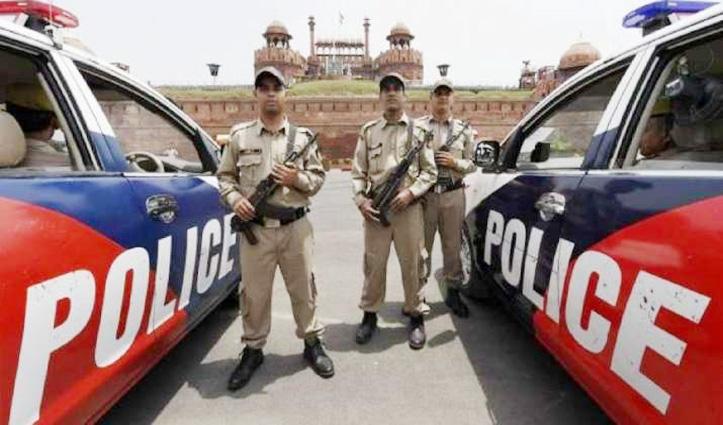 Delhi में घुसकर बड़े हमले की फिराक में आतंकी, High Alert पर पुलिस