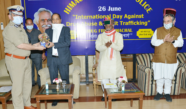 Governor stresses for checking illegal drug trafficking in border areas