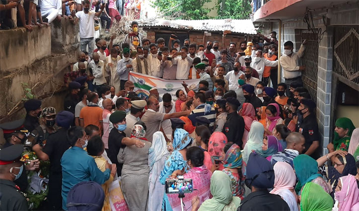 Soldier Ankush Thakur Last Rites Held With Full Military Honors In His Village Karohta