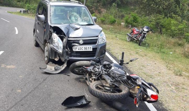 जवाली: नंढोली में टकराए Car-Bike, एक की गई जान-दूसरा घायल