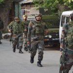 J&K: कुलगाम में पुलिस पार्टी पर आतंकी हमला, एक स्वास्थ्यकर्मी घायल; सर्च ऑपरेशन जारी