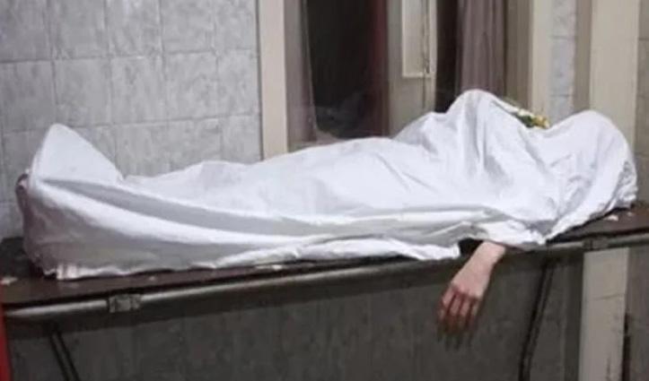 कीटनाशक स्प्रे करते बेहोश हुआ प्रवासी, Hospital में इलाज के दौरान गई जान
