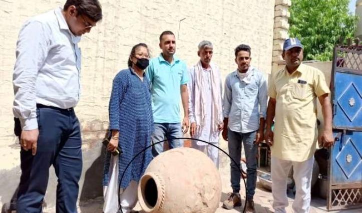 Haryana – इस गांव में खुदाई में मिला 600 साल पुराना साढ़े तीन फीट ऊंचा मटका