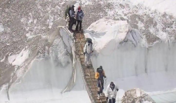 भारत ने LAC पर तैनात किए पहाड़ों में लड़ने में दक्ष सैनिक; लद्दाख में 32 सड़कों के निर्माण को रफ्तार