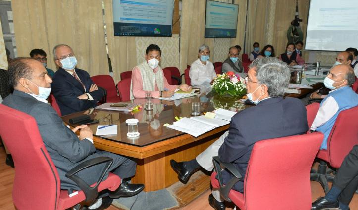 Himachal में बदले जाएंगे लकड़ी के विद्युत खंभे, लगेंगे स्टील पोल-2020 में ही पूरा करना होगा काम