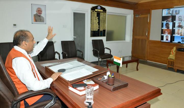 CM जयराम ने आग की घटना पर जताया शोक; Covid-19 में सहायता के लिए नालागढ़ के लोगों को सराहा