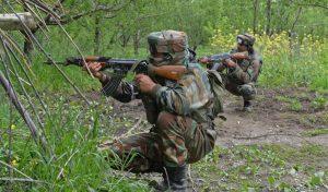 J&K के कुलगाम में सुरक्षा बलों ने मार गिराए दो Terrorist, दो सुरक्षाकर्मी भी घायल