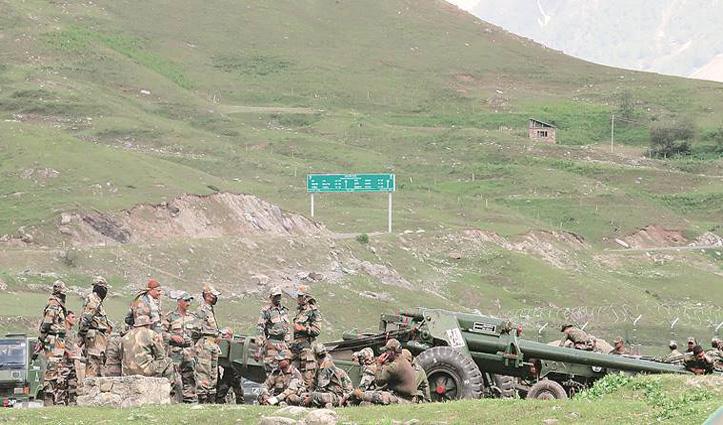 भारत-चीन सेना के बीच हिंसक झड़प के बाद तीनों सेनाएं अलर्ट, LAC पर अतिरिक्त जवान तैनात