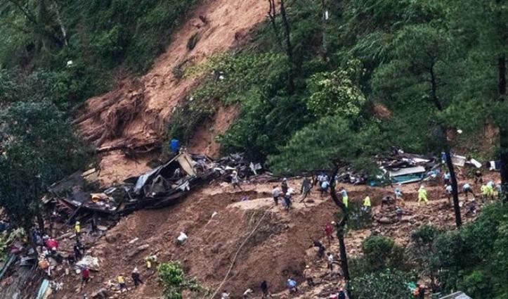 असम: लगातार बारिश से हुए Landslide में 20 लोगों की मौत, कई घायल