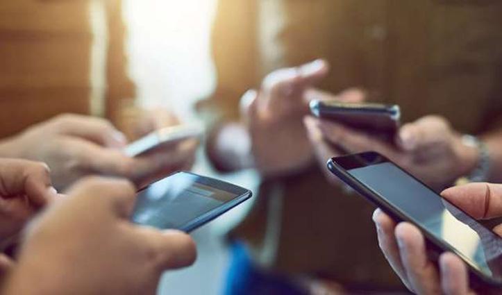 एक ही IMEI नंबर पर चल रहे थे 13,000 से ज्यादा फोन; China की कंपनी पर दर्ज हुआ मुकदमा