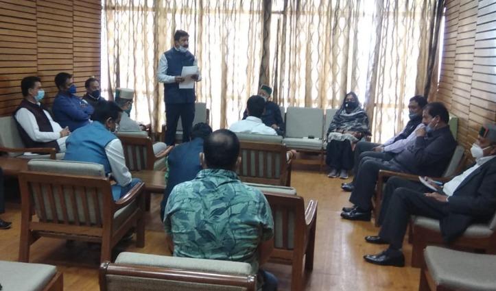 कांग्रेसियों ने दिखाए तेवर बोले – स्वास्थ्य विभाग बना घोटाला विभाग, अब CM Jai Ram दें इस्तीफा