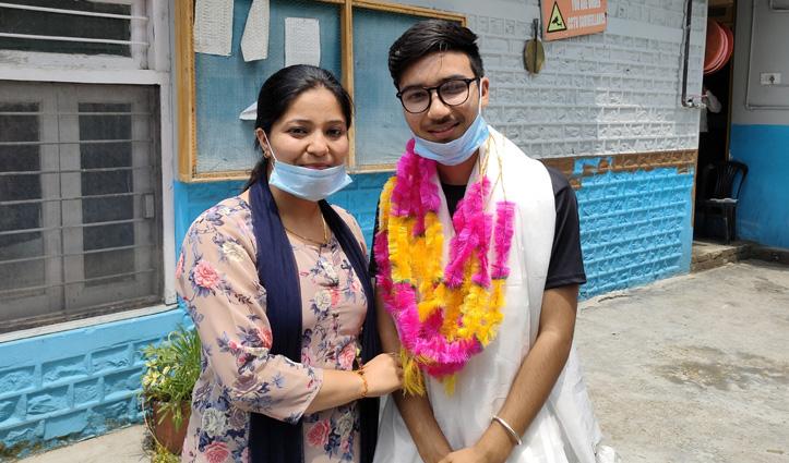 HPBOSE 12th Class Result : साइंस संकाय में Auto चालक का बेटा Prakash बना Topper, बनना चाहता है IAS
