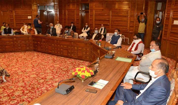 Live: विपक्ष की चिकचिक के बीच BJP विधायक दल की बैठक शुरू, अध्यक्ष सहित कई मसले सामने