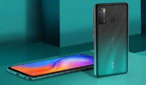 खरीदें 5000mAh बैटरी और 5 कैमरे वाला स्मार्टफोन tecno spark 5, कीमत 8 हजार से भी कम