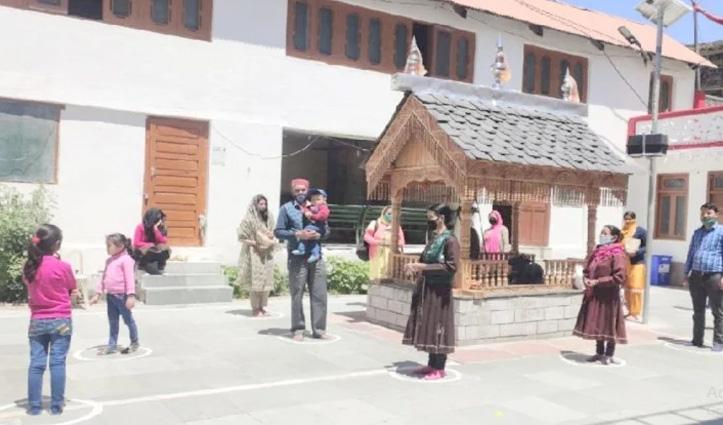 त्रिलोकीनाथ Temple के कपाट स्थानीय श्रद्धालुओं के लिए खोले, गर्भगृह की परिक्रमा पर रहेगी पाबंदी
