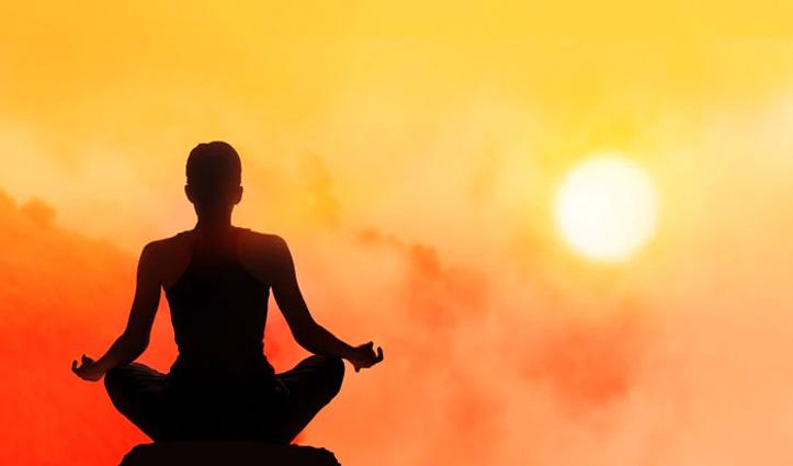 International Yoga Day : योग का इतिहास और महत्व, जानें क्या है इस बार की थीम