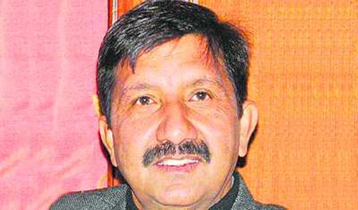 Mukesh बोले- सरकार को नहीं जनता की फिक्र, किराया बढ़ाकर किया साबित
