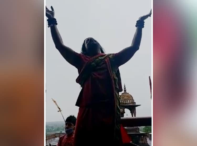 शिव तांडव स्तोत्र का ये Video हो रहा Viral, सुनकर हो जाएंगे मंत्रमुग्ध