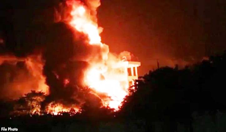 कुल्लू में NHPC पावर हाउस के बाद अब आनी में लगी आग, सेब गोदाम राख