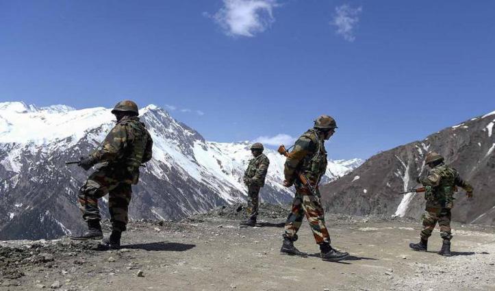 LAC पर गलवान घाटी में 2 किमी पीछे हटी China की सेना, बफर जोन बना