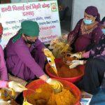 बाजार में उतरने को तैयार धर्मपुर के डरवाड़ की महिलाओं के हाथों से तैयार