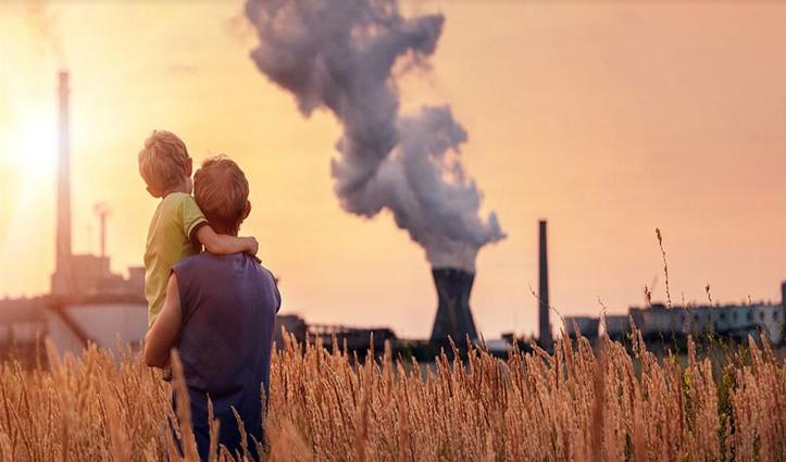 Research : प्रदूषण से कम हो रही भारतीयों की जिंदगी, 5.2 साल घटी Life Expectancy