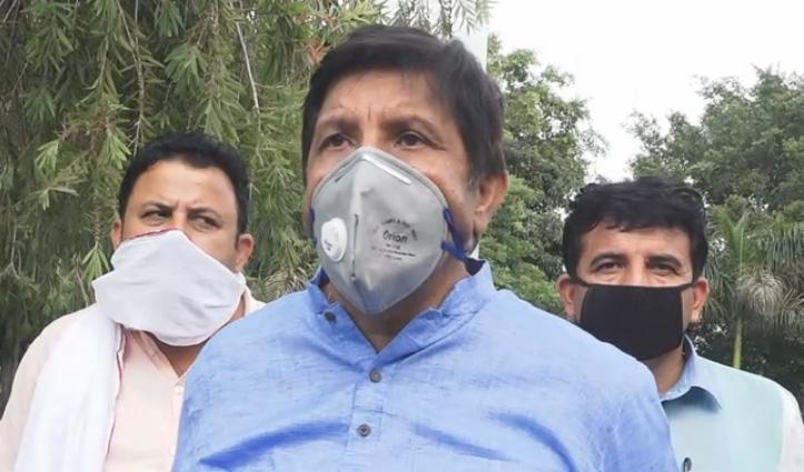 Mukesh ने लाहुल स्पीति में महिलाओं पर मामला दर्ज करने पर घेरी जयराम सरकार