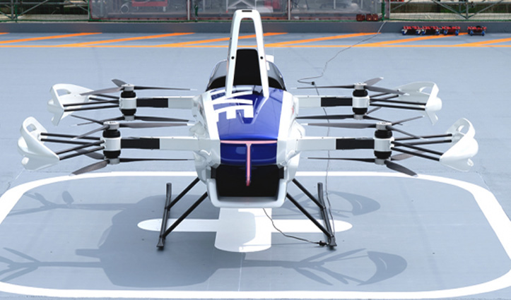 Japanese फार्म ने एक शख्स के साथ उड़ने वाली Car का किया परीक्षण, देखें वीडियो